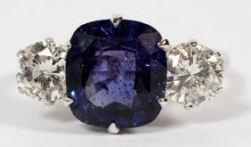 4.45CT SAPPHIRE AND DIAMOND RING