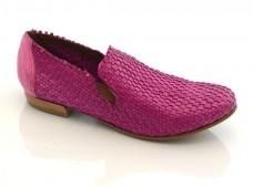 LATITUDE FEMME  Pelle intrecciata e tuffata nel colore a mano  Braided leather dipped in color by hand   #loveitalianshoes