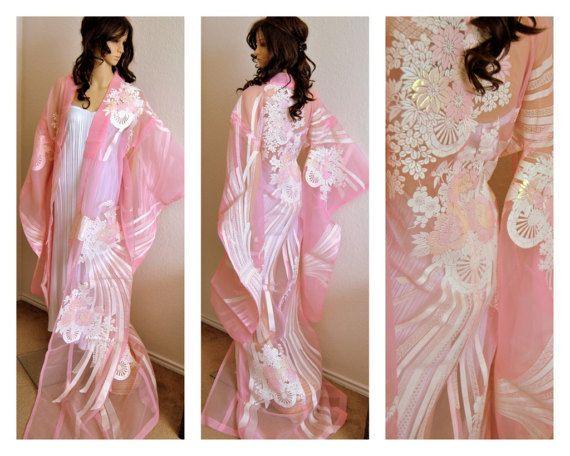 Luxurious Japanese Kimono Robe Traditional Wedding Dress