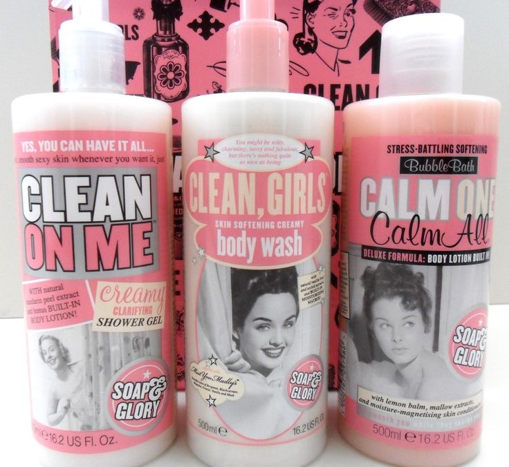 CLEAN ON ME™  Soft, smooth, sexy skin whenever you want it. Contains natural mandarin peel extract and a bonus built-in body lotion. Scented with our Original Pink™ fragrance.