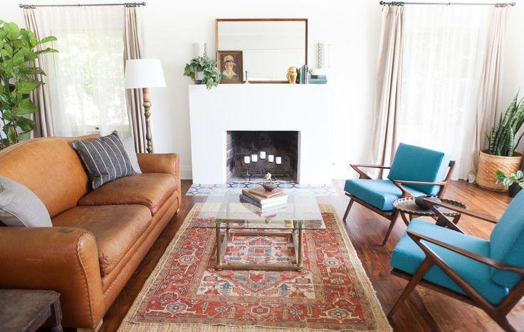 Испанский стиль в интерьере: роскошь и пассионарность в каждой детали http://happymodern.ru/ispanskij-stil-v-interere/ Красивое сочетание коричневого и голубого цвета в интерьере гостиной