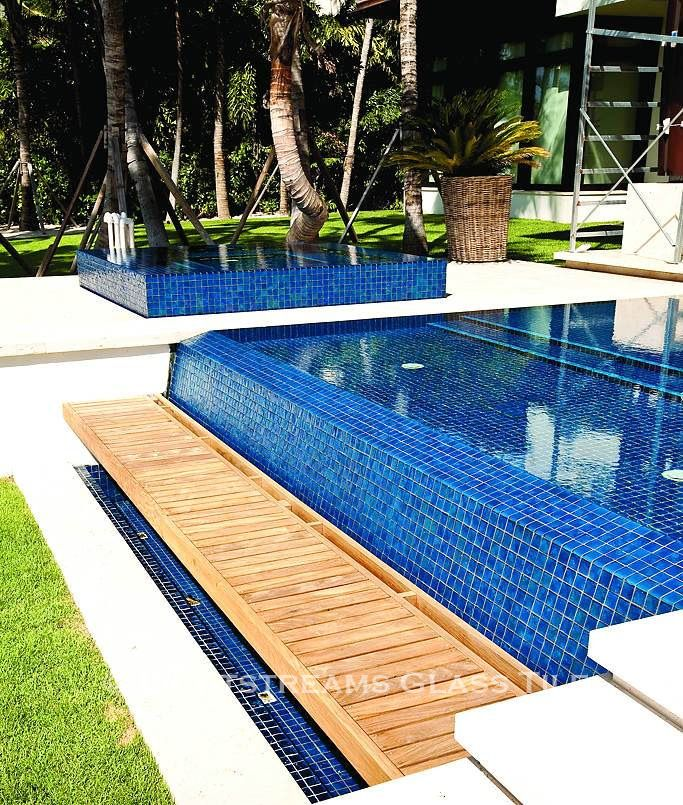 All Glass Tile pool and spa in Lightstreams Renaissance ...