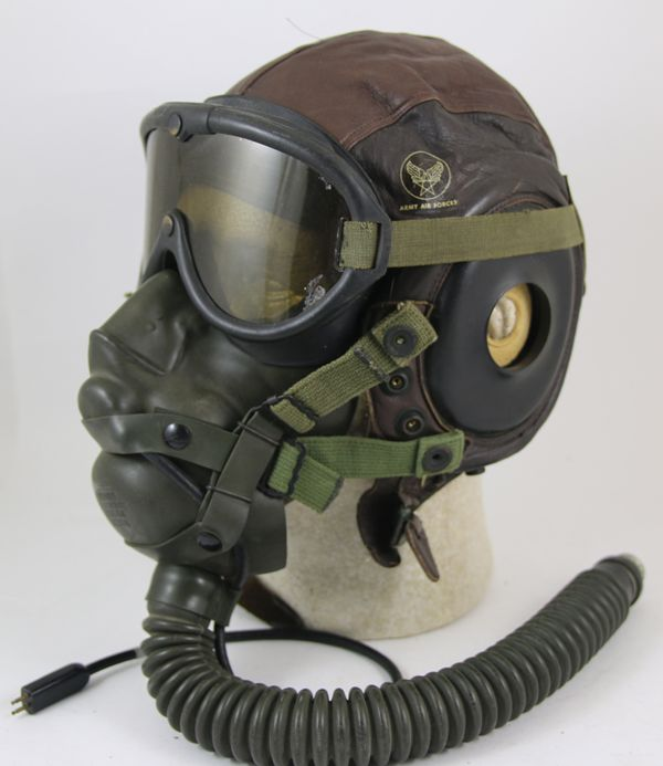 05729214a3 US Army Air Force A-11 Flight Helmet with A-14 Oxygen Mask and B-8 Goggles