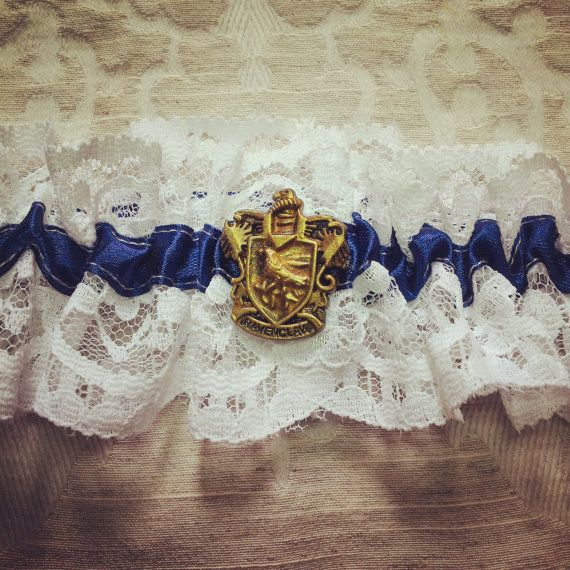 And make this Ravenclaw garter your 'something blue'.   27 Things You Need To Have A Classy AF Harry Potter Wedding