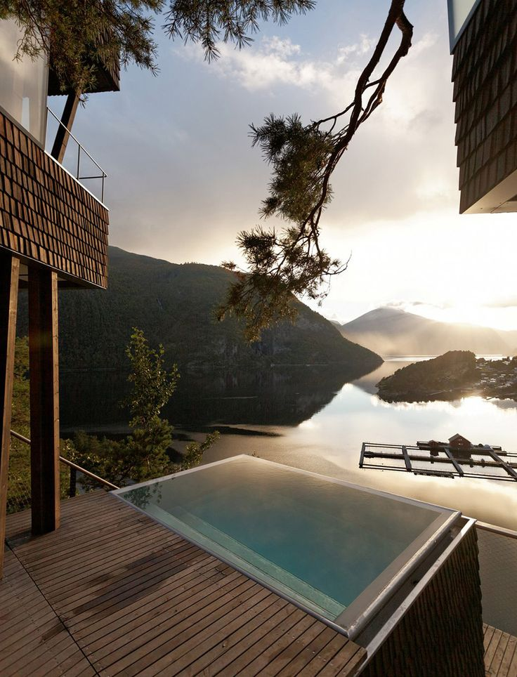 Summer House in Norway by Jensen Skodvin