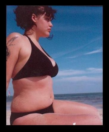 Mia Tyler - half sister of Liv Tyler. A lovely reminder that girls with bellies can still rock bikinis! :)
