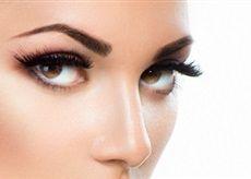 Trvalá na řasy v Salonu Andělské Krásy napomáhá zvýraznit přirozenou linii řas a tím i celého oka.
