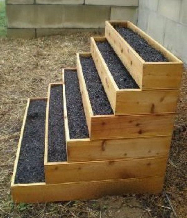 stacked raised bed herb garden, Cool Vertical Gardening Ideas, http://hative.com/cool-vertical-gardening-ideas/,