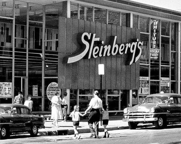 Steinberg rue Ste-Catherine en 1958.