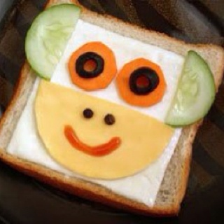 Fun Food Kids toast bread Monkey Face Affe gesicht tiere animals frühstück snack breakfast cheese käse gouda