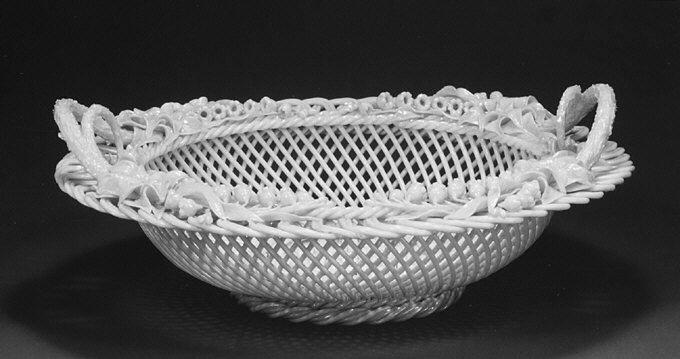 Белый фарфор BELLEEK.19-20 век. - Орнамент и стиль в ДПИ
