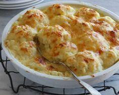 Цветная капуста запеченная с сырным соусом - отличная идея для весеннего ужина. Как приготовить цветную капусту Состав: 1 средний кочан цв...