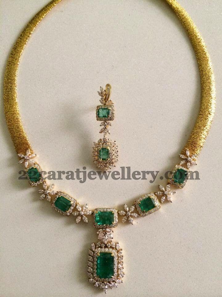 Jewellery Designs: Simple Opulent Choker in Emeralds