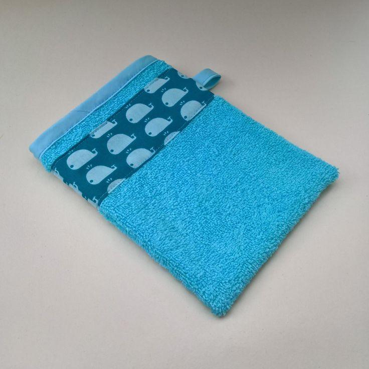 Gant de toilette en coton bleu de la boutique LesCreationsDeJulie1 sur Etsy
