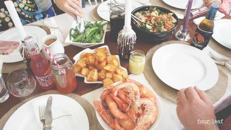 A rustic Christmas day lunch for the family // Four Leaf Styling