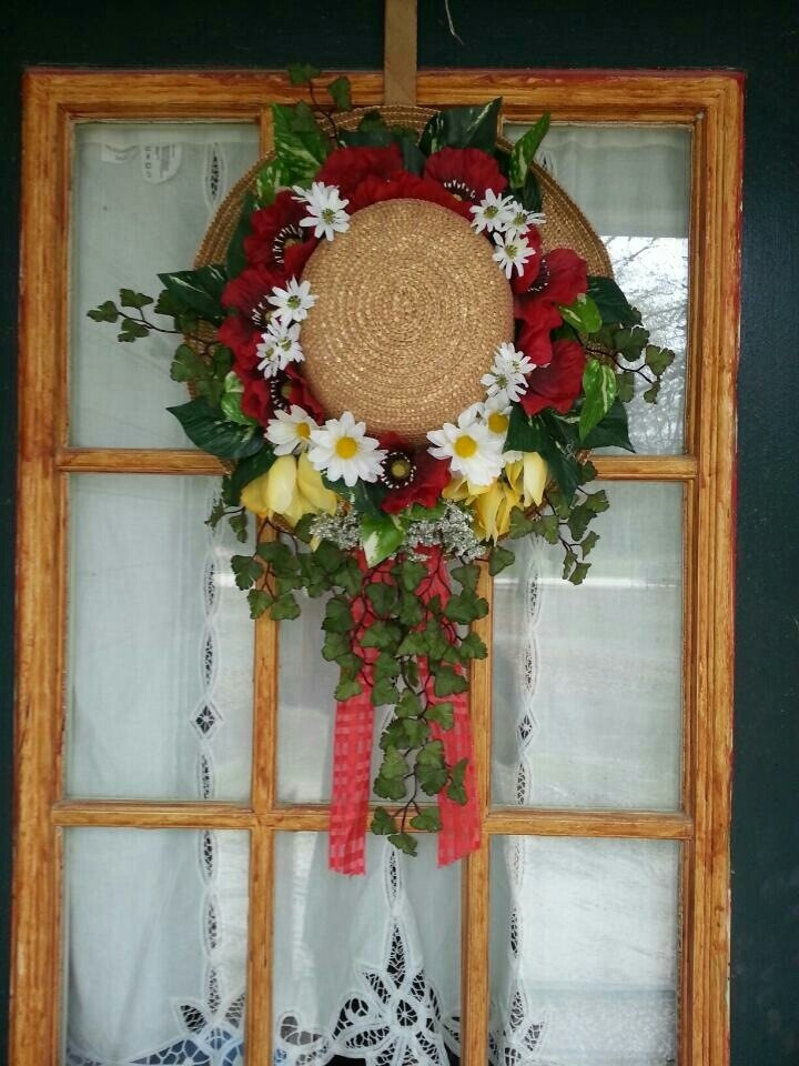15 best summer front door decor images on pinterest for 3 wreath door decoration
