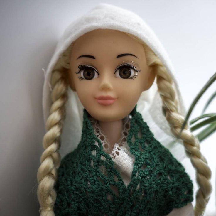 Ингрид явно косит под баварку :) Придется где-то искать пивные кружки :) #dollcollection
