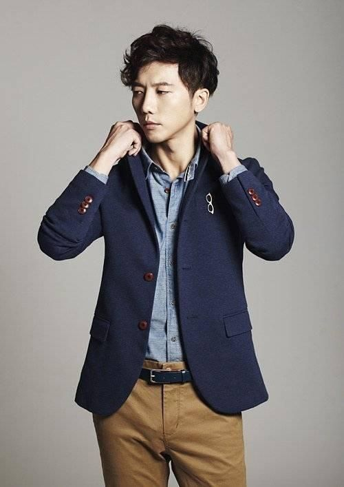 Ki Tae Young Will Play The Man In The Middle - http://asianpin.com/ki-tae-young-will-play-the-man-in-the-middle/