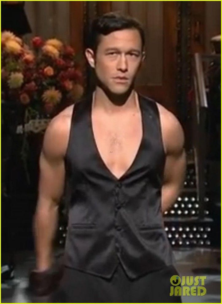 It behooveth thee to watch this.  It behooveth thee greatly.  'Magic Mike' Dance on SNL - Watch Now!