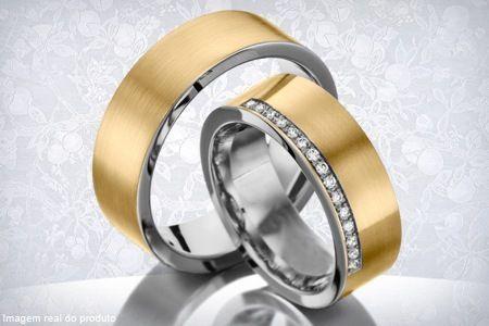 Par de alianças mistas para casamento ou noivado com cravação a laser, por apenas R$ 599,90