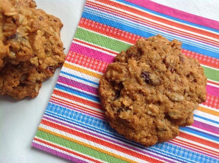 VÍKENDOVÉ PEČENÍ: Ovesné sušenky s ořechy a semínky