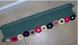 Use this free crochet pattern to get rid of the draft that comes under your door and enjoy the flowers you know will be coming in the spring. This is a fun pattern you can use year-round if you need to.