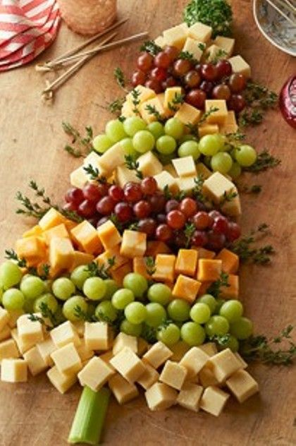 Christmas Tree Cheese Board~T~..Really Cute!! Cheese, grapes and thyme.