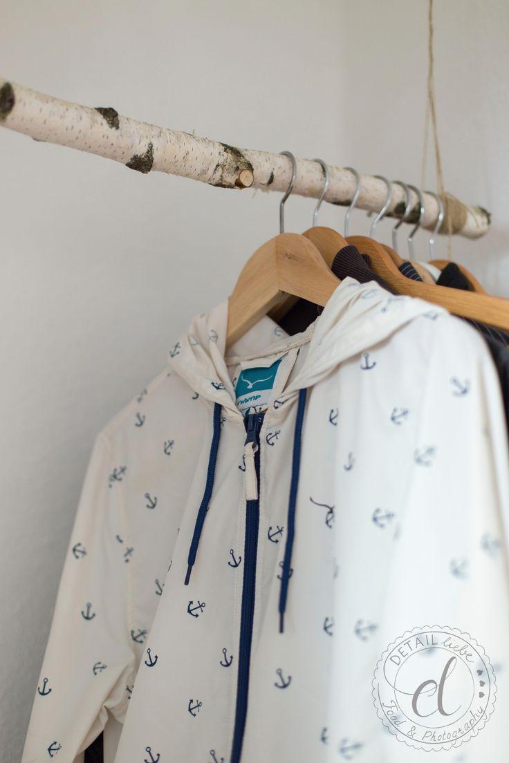 simple DIY birch trunk wardrobe for corridor | Flur, DIY Garderobe, Birkenstamm