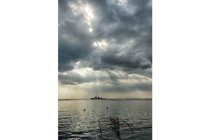 Devant le port de Manille sur l'ile de Luzon