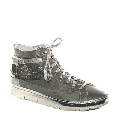 #Sneaker in pelle sfumata verde salvia di #Khrio  http://www.tentazioneshop.it/scarpe-khrio/sneaker-14133-verde-khrio.html