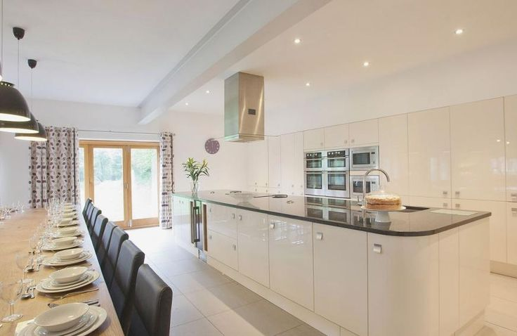 Open plan living/dining room/kitchen | 5 star, 6 bedroom, Higher Poulston Farm - Wisteria House, Harbertonford, Totnes