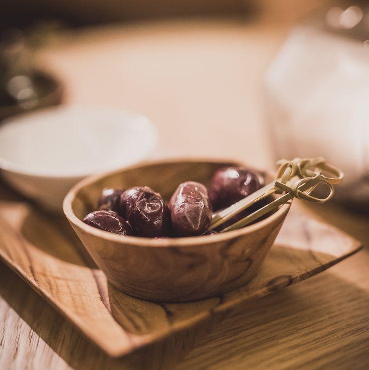 Die Grapes Bar im Cortiina Hotel ist Münchens neuer Treffpunkt für Weinliebhaber und Genießer.