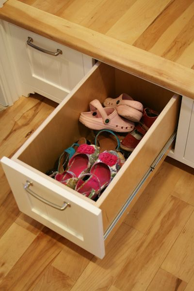 mudroom drawer for shoes rather than hats/mittens