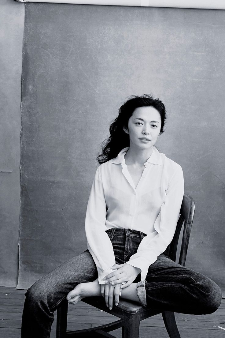 Yao Chen photographed by Annie Leibovitz for the 2016 Pirelli calender