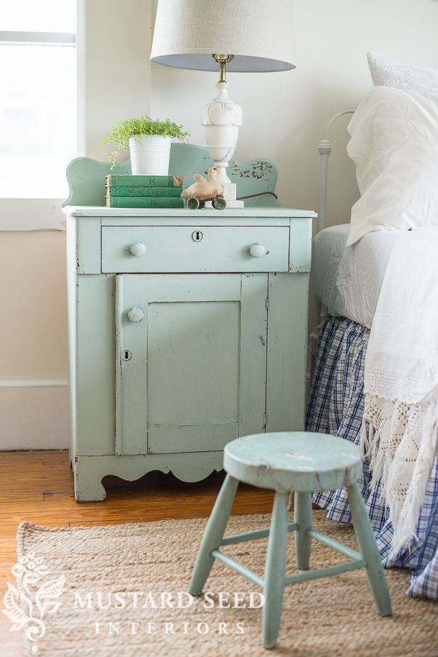 Miss Mustard Seed Milk Paint custom color - 3 gorgeous colors mixed to make this sweet blue/green tone