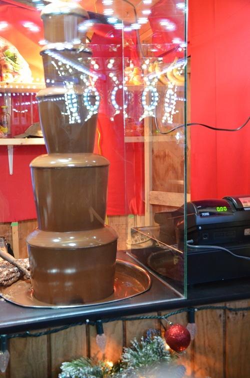 Chocolate fountain Food ! Pinterest Chocolate