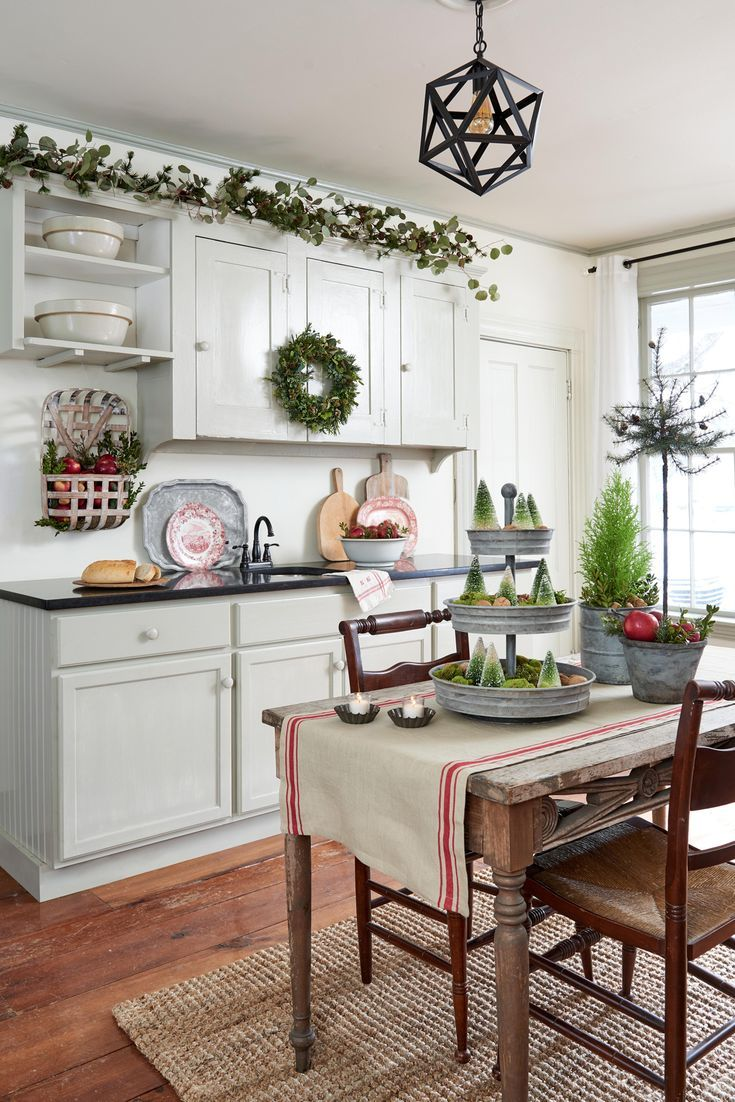 Bhg Farmhouse Christmas 2020 19 Farmhouse Christmas Decor Ideas to Make Your Space More Festive