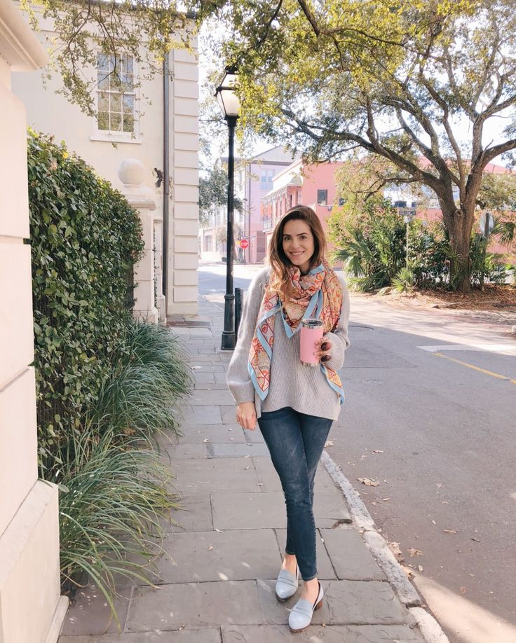 GMG Now Daily Look 1-21-18 Hermes scarf, Cuyana sweater, J.Crew jeans, and Thelma loafers. http://now.galmeetsglam.com/2018/01/daily-look/863092/