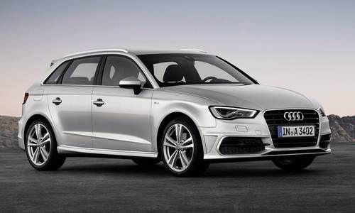 #Audi #A3Sportback. Les contours  sont racés et plus sportifs, les lignes du toit, dignes d'un coupé, soulignent sa sportivité.