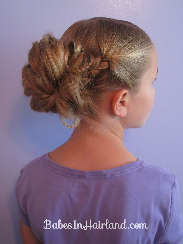 Crimped Braids and Messy Bun from Babes in Hairland  #braids, #messy bun, #crimping