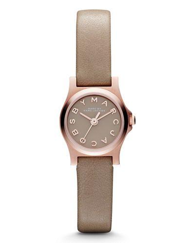 $180 | Marc Jacobs | Montre à bracelet de cuir Henry Dinky | La Baie D'Hudson