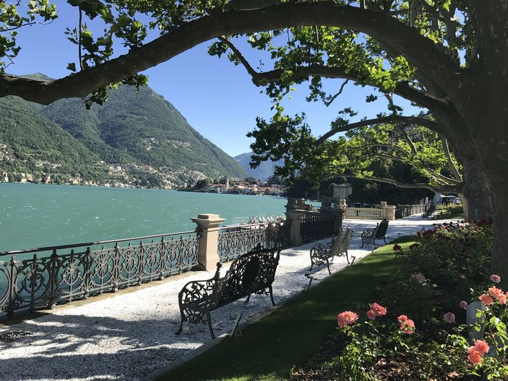 At #CastaDiva, we believe travel is an emotional experience. #stayatcastadiva #lakecomo http://bit.ly/2wL8cZP #mondaymood