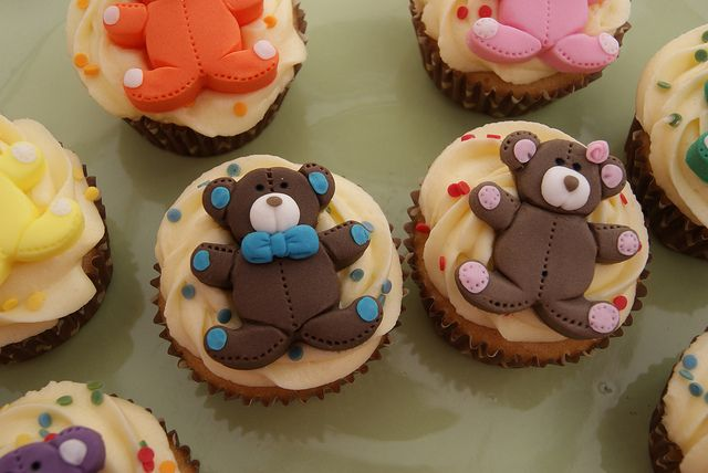 Teddy bear cupcakes.Bears Cake, Bears Treats, Yummy Cupcakes, Bears Picnics, Teddy Bears Cupcakes, Baby Bears, Cupcakes Collection, Collection Gallery, Balloons Cookies