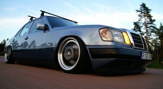 Mercedes E200 W124 | Alexander Lindquist | Flickr
