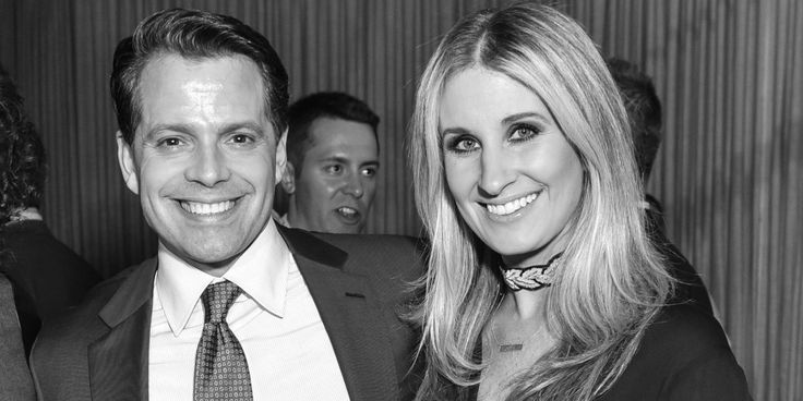 Anthony Scaramucci's Wife Was Nine Months Pregnant When She Filed for Divorce, According to New Reports - TownandCountrymag.com