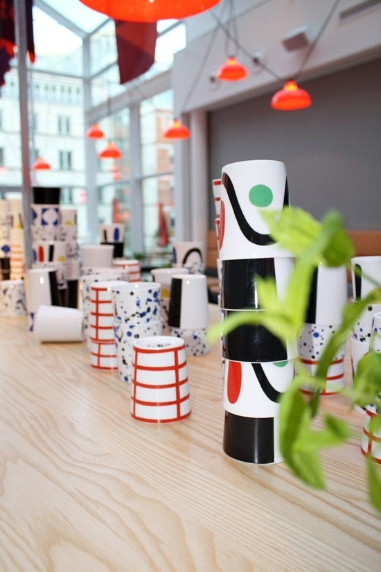 The Swedish tablewarecompany Rörstrand together with 10-gruppen launch a new series of mugs. In stores Sep -12. See our facebookpage for upcoming competition! http://www.facebook.com/pages/10-gruppen/159974393053.