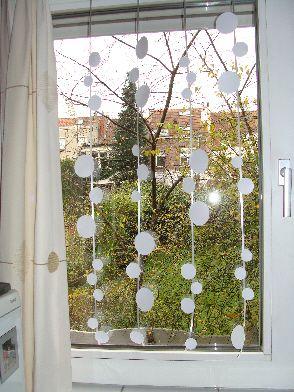 Rien qu'avec des disques . . . décoration polaire pour fenêtres ! (8-12 ans)
