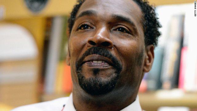 Rodney King, víctima de golpiza policial en Los Ángeles en 1991, muere a los 47 años