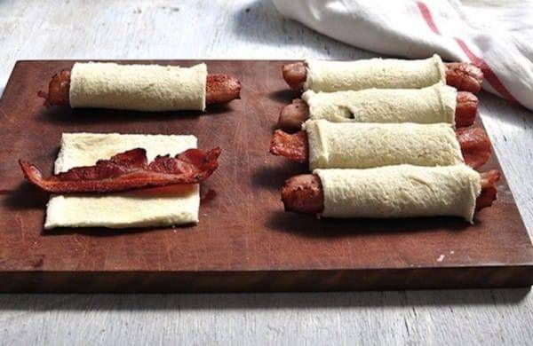 Προς τους λάτρεις του μπέικον: διαβάστε προσεκτικά αυτή τη συνταγή, συγκρατήστε τα σάλια σας και μετά τρέξτε στην κουζίνα!Συνταγές με άρωμα και γεύση για μικρά και μεγάλα παιδιά !! Υλικά: 6 φέτες ψ…