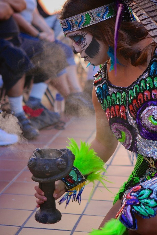 Danza Azteca Xocoyote at the Autry's ¡Vivan Los Muertos